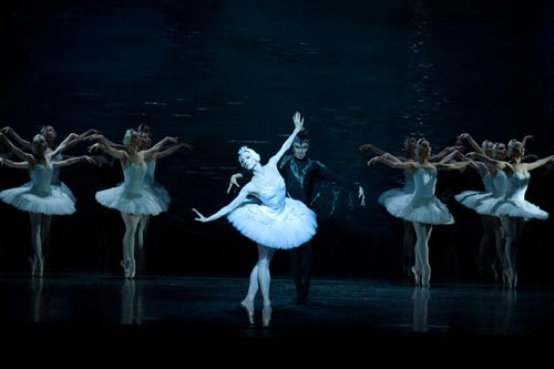 Swan Lake is coming to Dubai Opera
