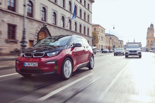 A Look at the BMW i3s, BMW's first all-electric model
