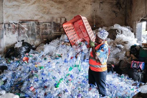 Blockchain for responsible waste management