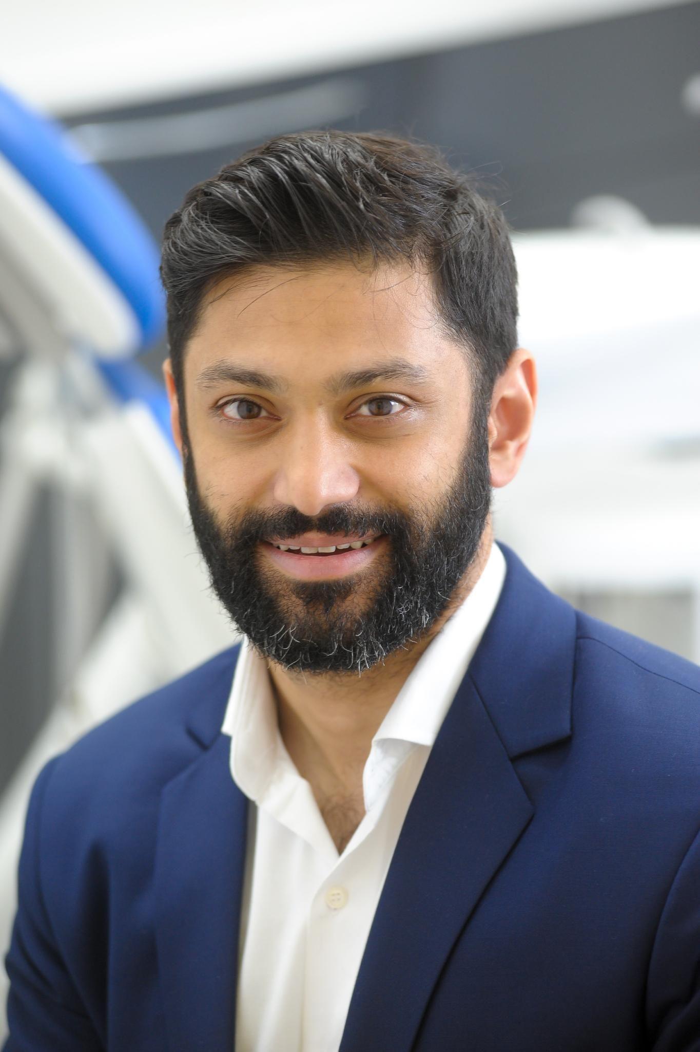 Dr Sam Shah