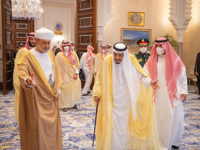 Sultan Haitham and King Salman hold talks in NEOM during Saudi Arabia visit