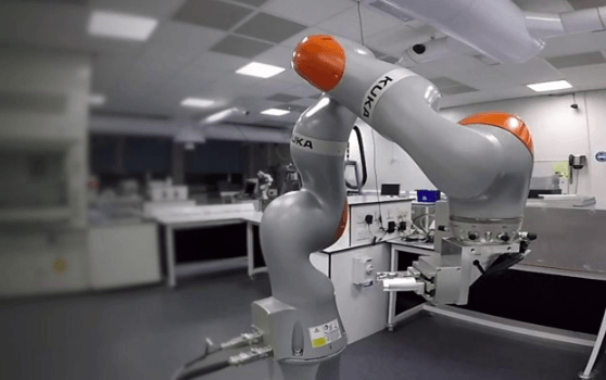 Robotic scientists will 'speed up discovery'