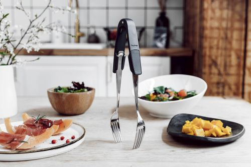 THIS NIFTY GADGET TURNS YOUR CUTLERY OR FLATWARE INTO INSTANT TONGS