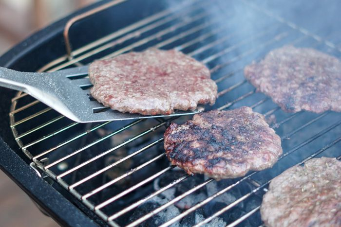 Sophie's Bionutrients unveils world's first microalgae burger patty
