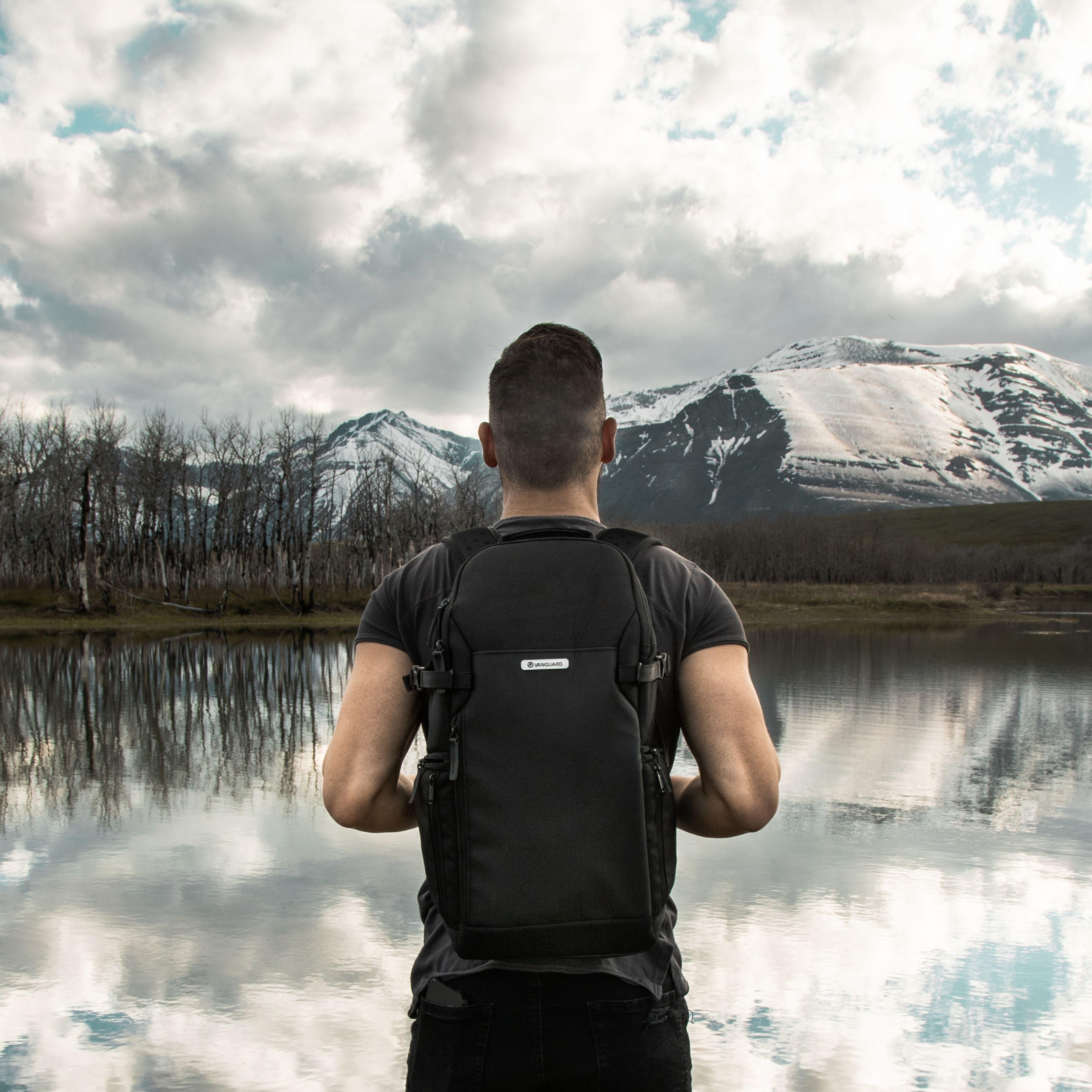 VEO Select Slim Backpacks Demo Video