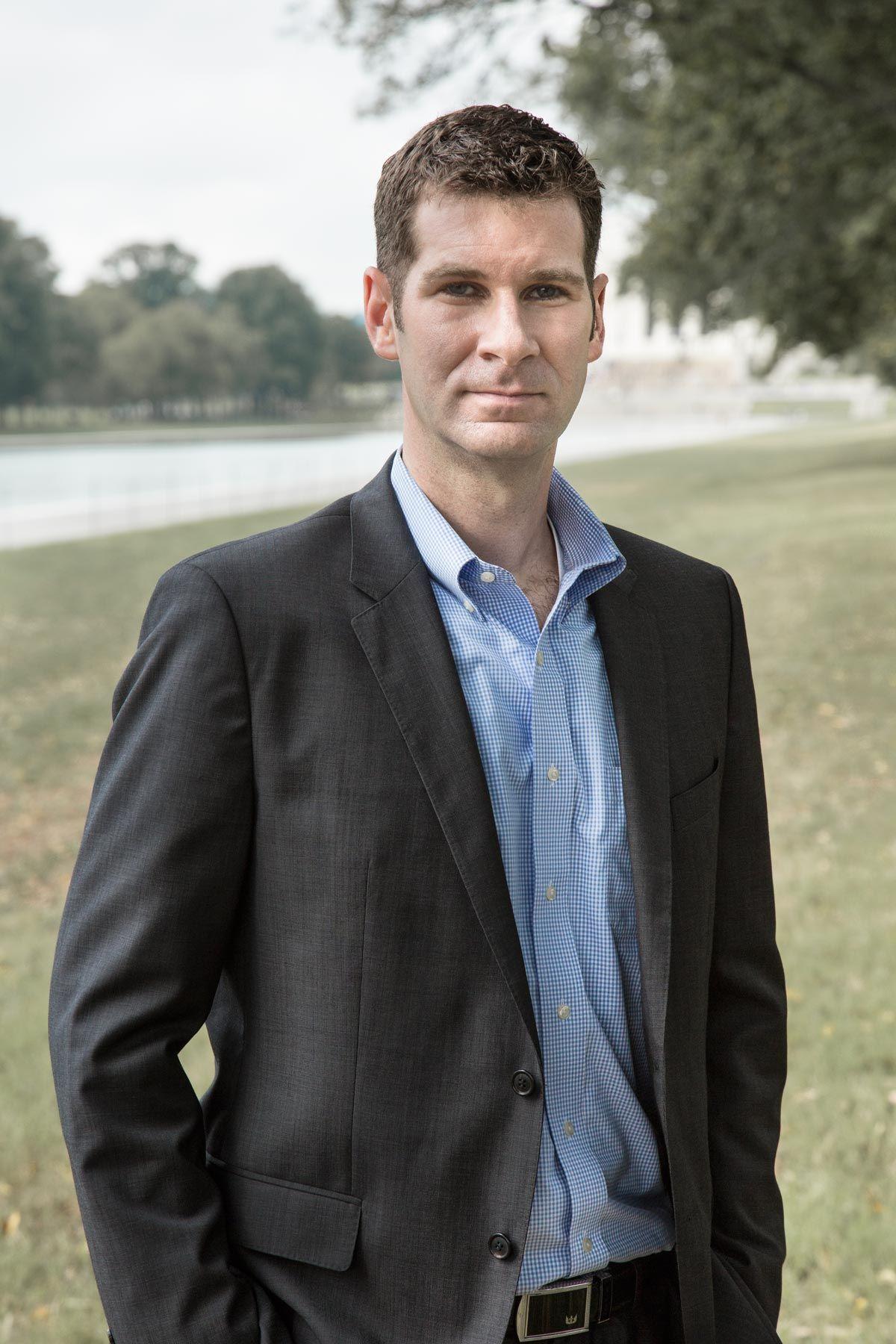 Dr. Peter W. Singer