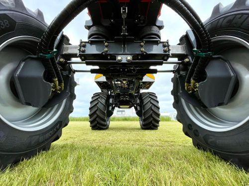 Chafer Interceptor - Hydraulic Track Width Adjustment