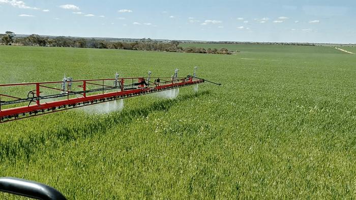 AiCPlus Spot Spraying technology