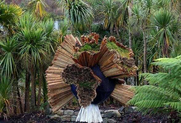 Eden Project living sculpture celebrates David Attenborough'sSeven Worlds, One Planet