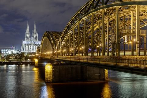 Lighting helps Cologne to Become a Smart City