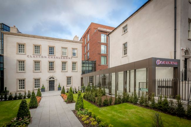 Clayton Hotel Charlemont; the perfect place for business and leisure in Dublin