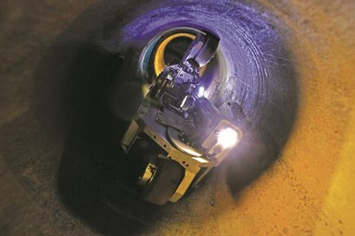 Robots deployed to fix London gas pipes   Construction Buzz #215