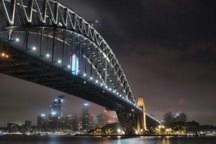 Transport spending surpasses mining in Australia