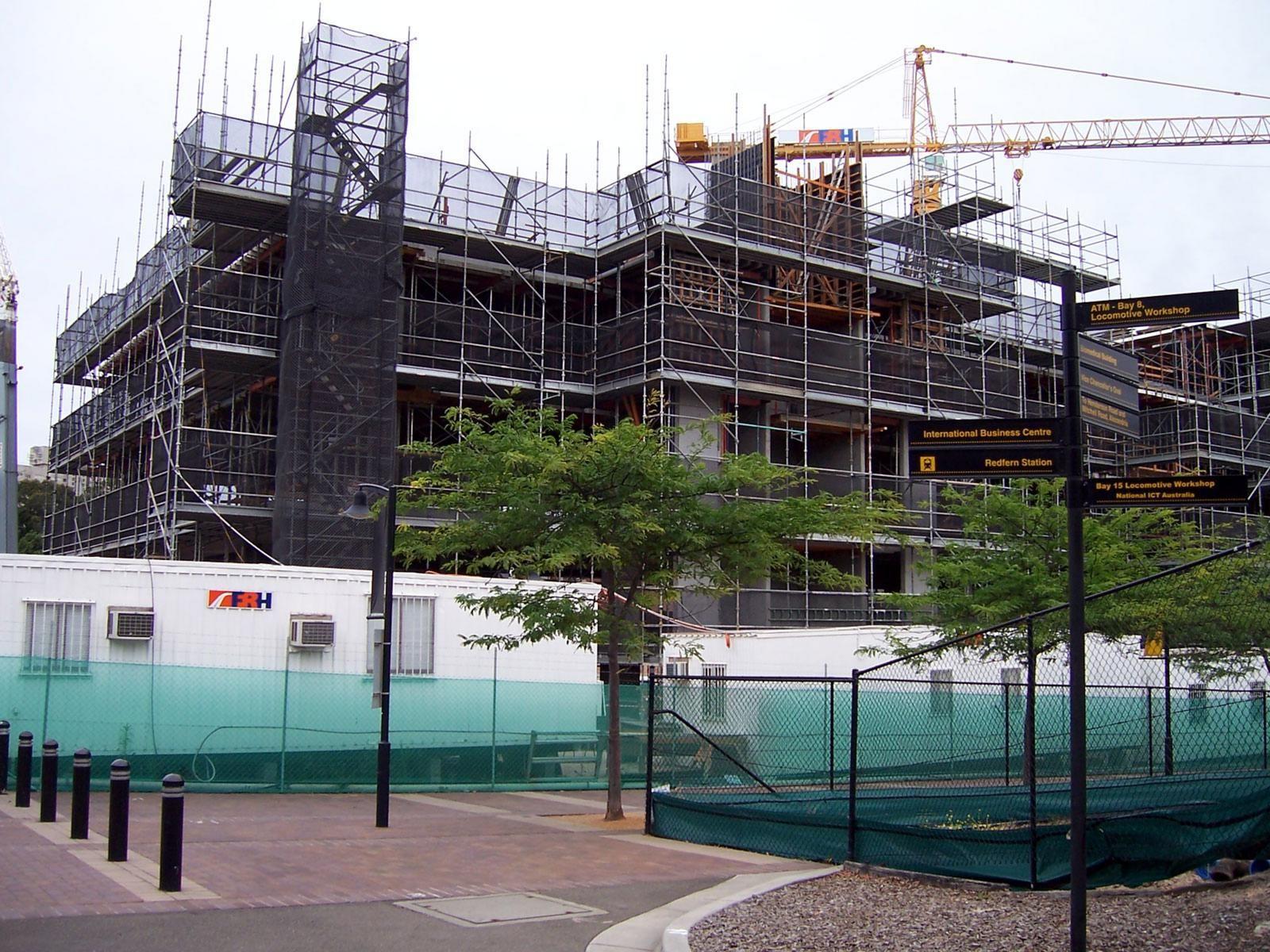 Australia's construction activity continues to decline