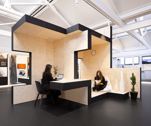 AUAR uses robotically fabricated timber blocks to build temporary home-office in London