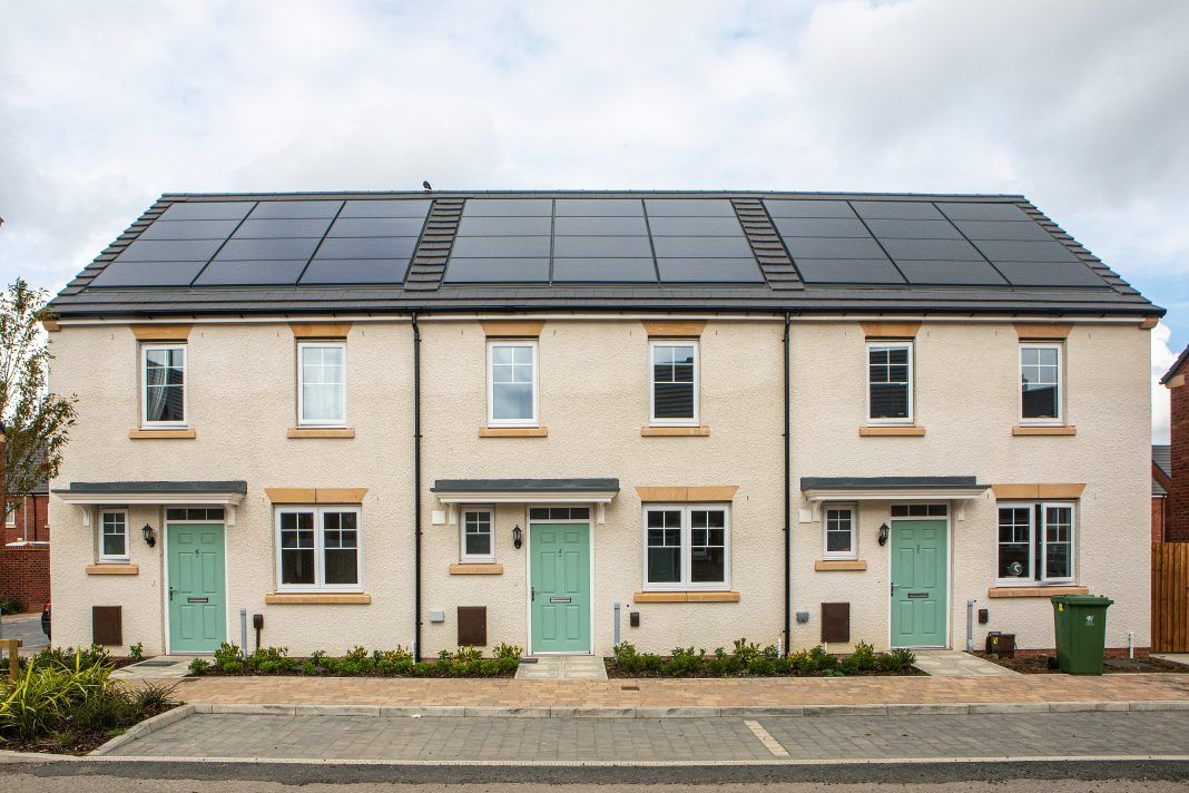 UK's largest intelligently-managed energy homes trial begins