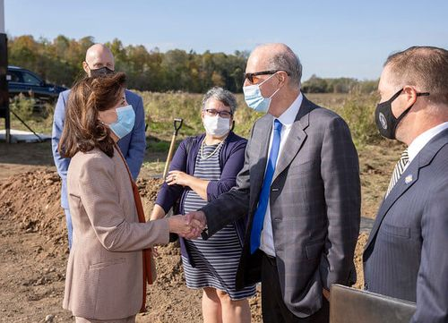 Governor Hochul Announces Construction Start at Largest Green Hydrogen Plant in North America