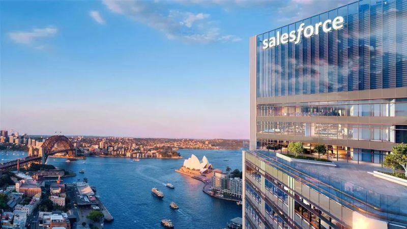 The SalesforceTower