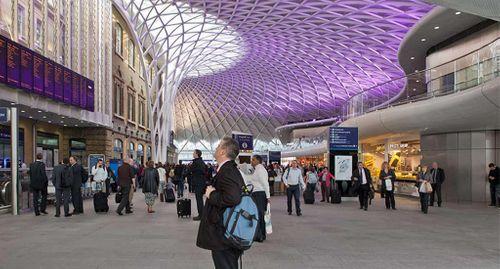 Anolis lights Kings Cross Station