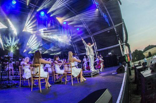 Pearce Hire powers spectacular UK shows straight from the White Isle