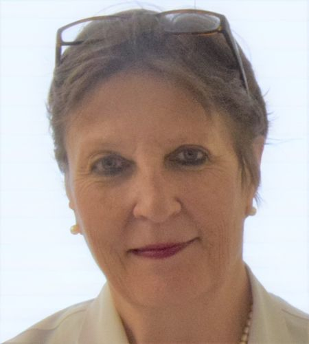 Dr Ursula Wolf