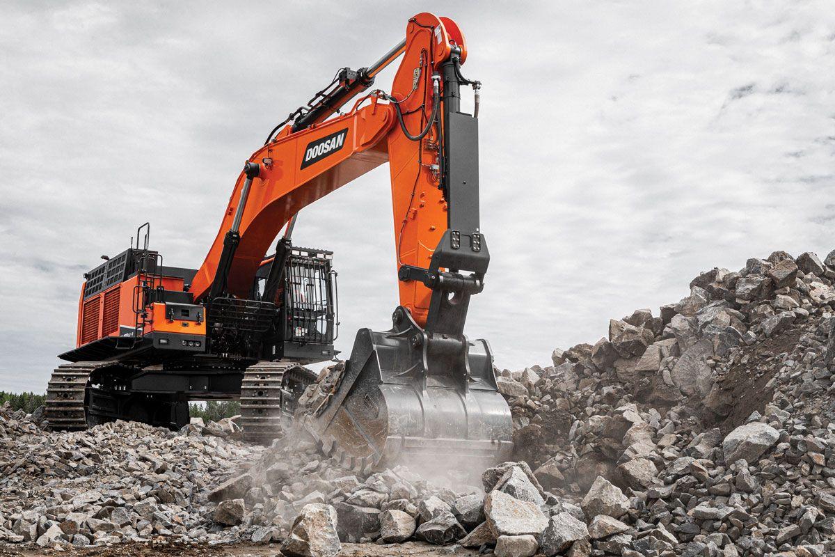 Doosan DX800LC-7 crawler excavator