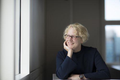 Dr Yvonne Braun
