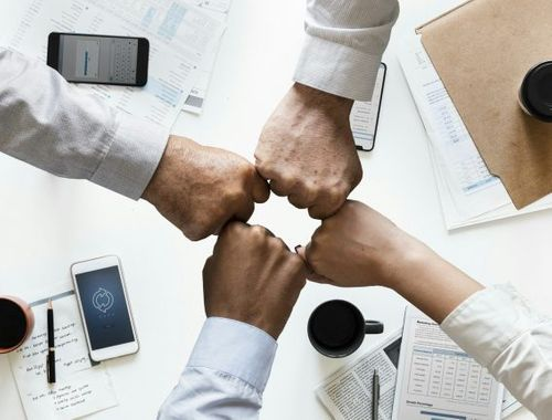 How to scale through collaboration