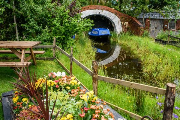 Canal and River Trust garden 2019