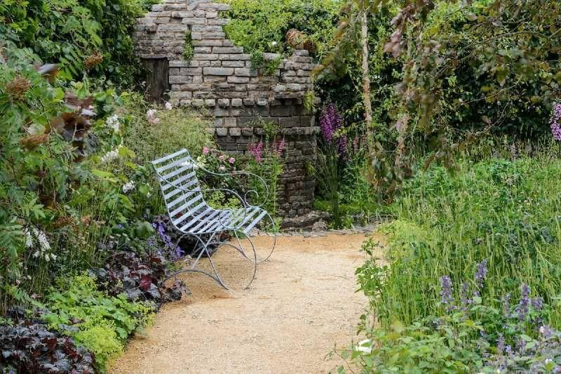 'Wyevale Garden Centre Garden', Claudia de Yong
