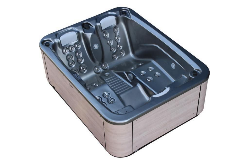 AQUAVIA SPA - Touch Hot Tub