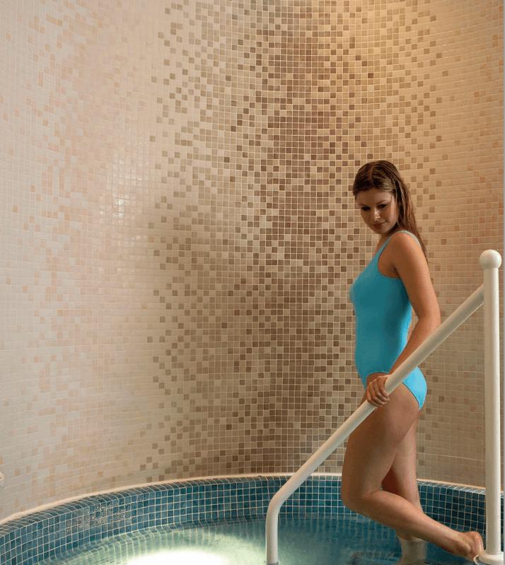 Creating tile Harmonie with mosaic tiles