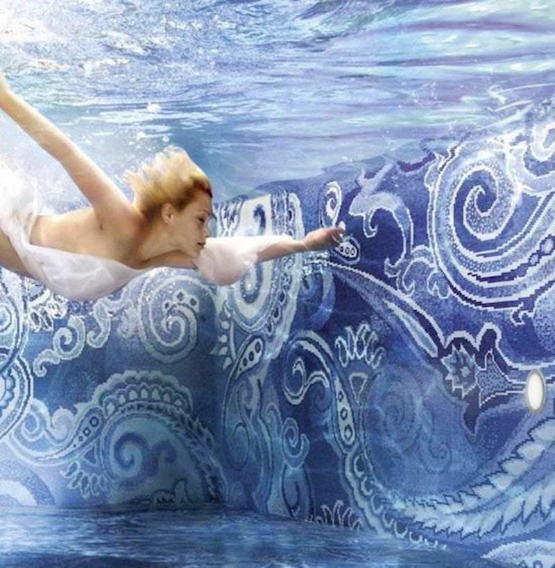 Waxman Ceramics introduces Onix glass tile mosaics