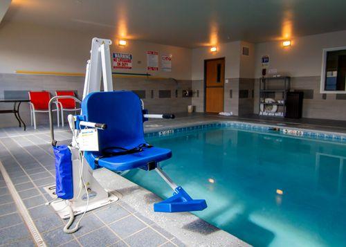 Admiral Pool Lift