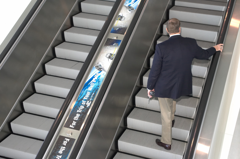Escalator Runner