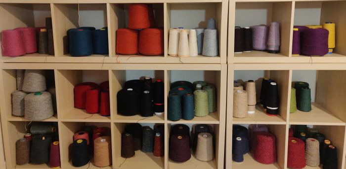 Annie Glue Knitwear