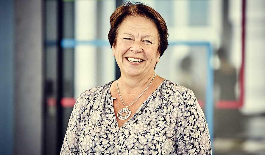 Debbie Hobbs