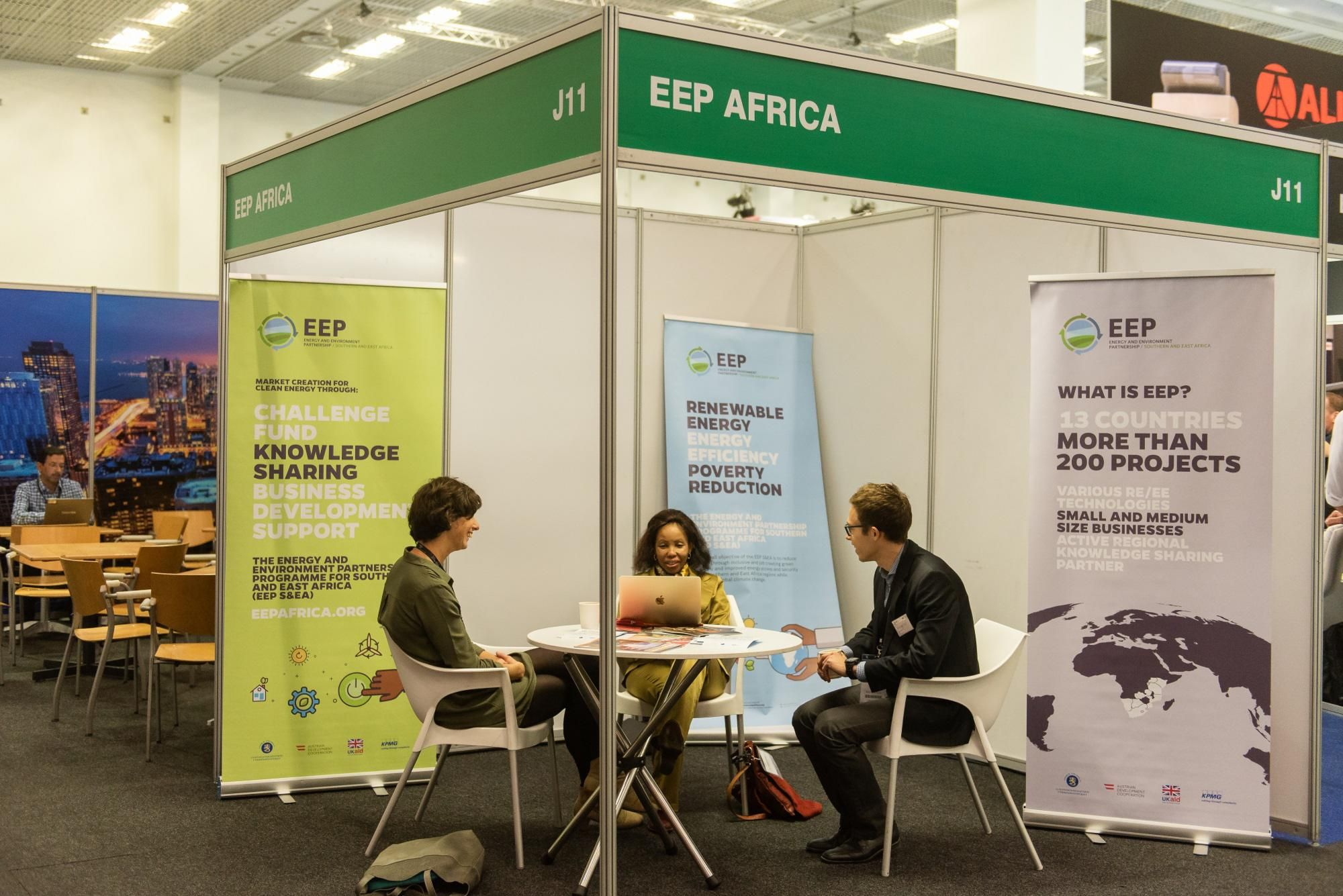 Typical Shell Scheme stand at AUW 2018