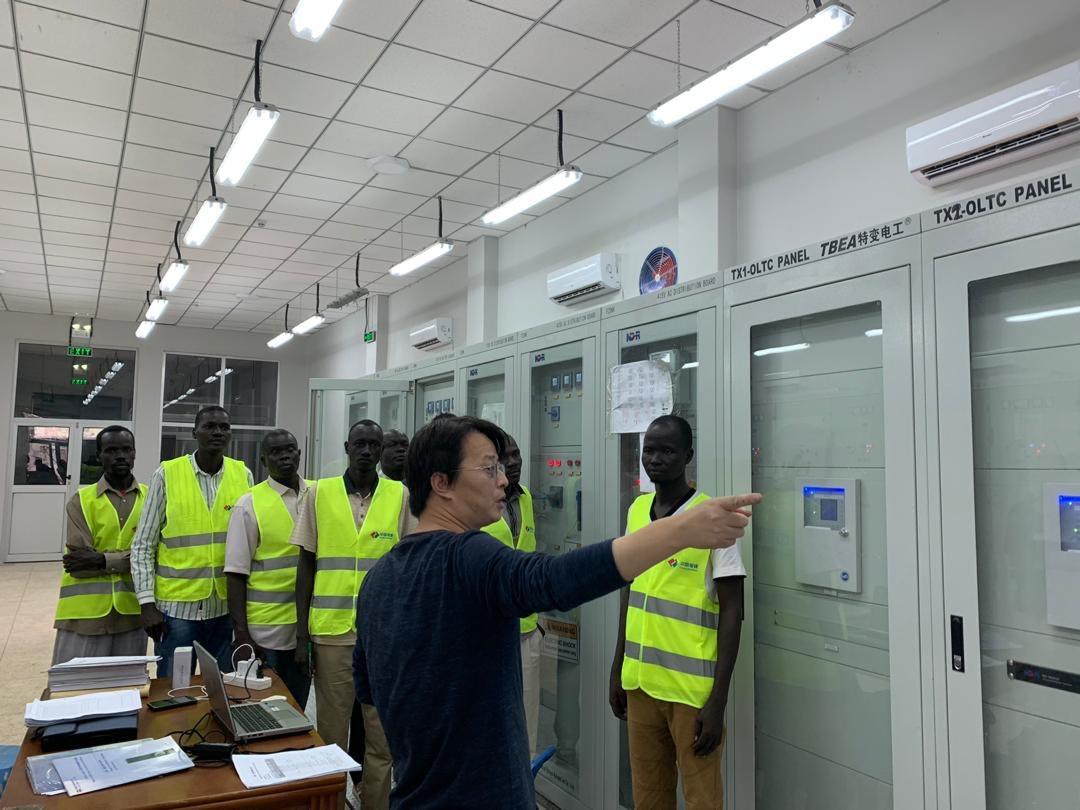 Training on the switchgear
