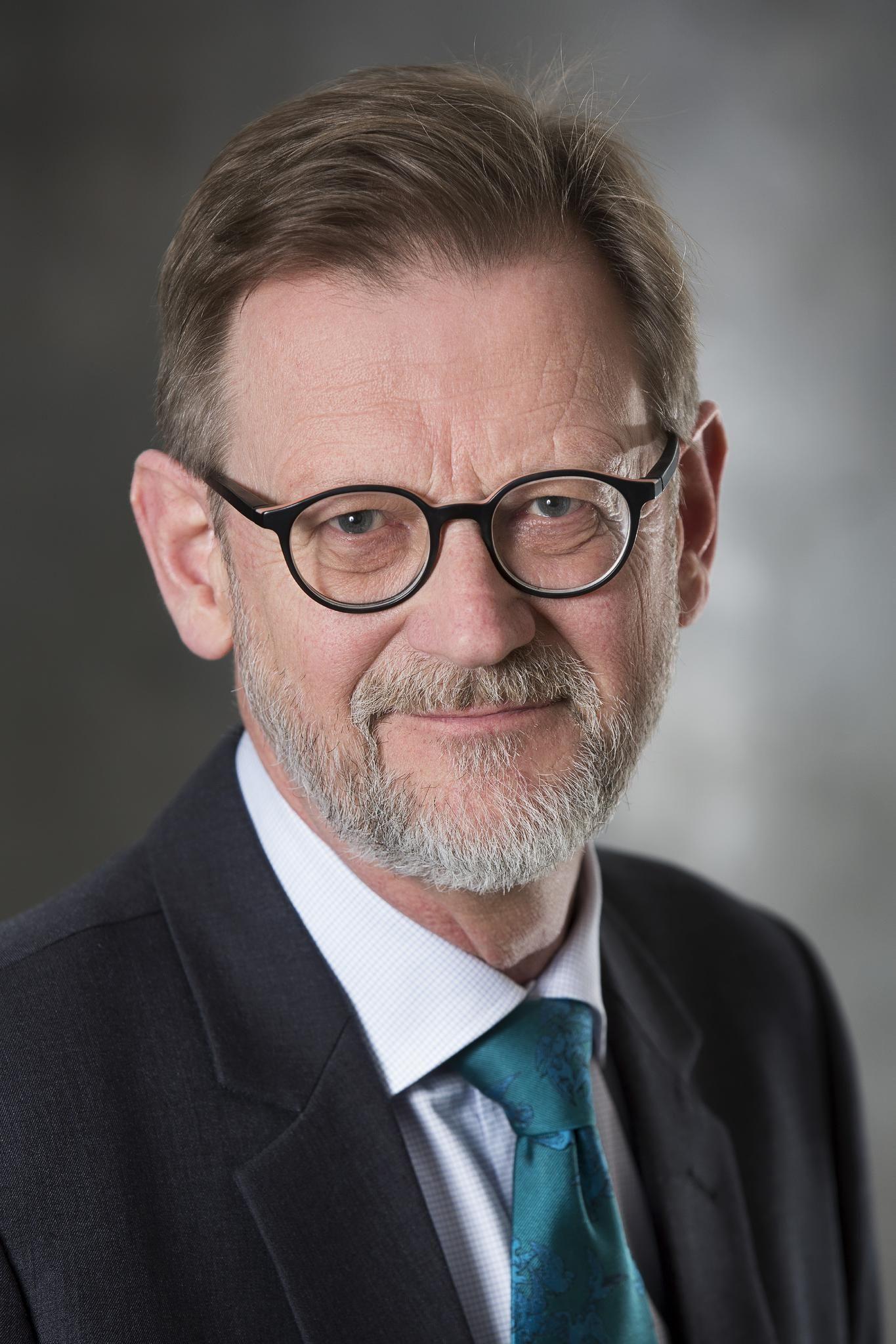 Nils Svartz